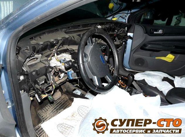Форд фокус 2 замена радиатора охлаждения радиатора, сжав пассатижами его отогнутые