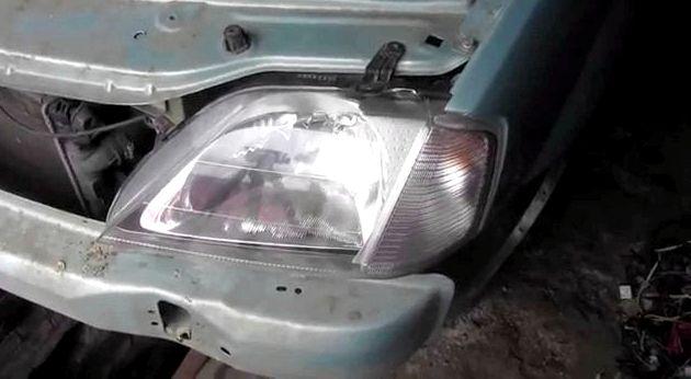 Как снять фару рено логан случае замены фары установите лампы