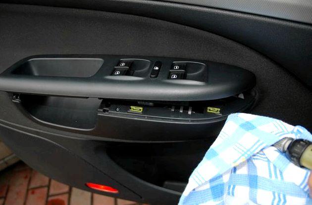 Как снять обшивку двери шкода октавия а5 Skoda Octavia A5 вам