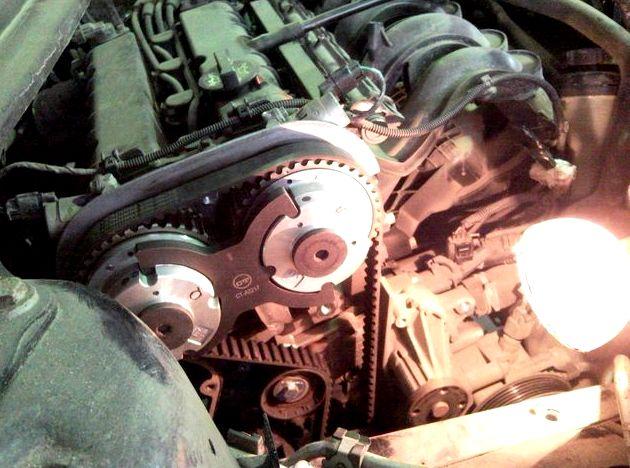 На каком пробеге меняется ремень грм на форд фокус 3 Когда операция замены ремня