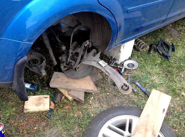 Ремонт подвески форд фокус 2 Пришлось перевернуть гайку шаровой шайбой