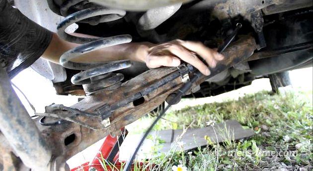Видео как подтянуть ручник на форд фокус 2 Зазор вымерил