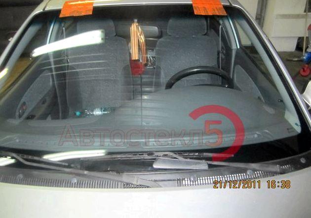 Замена лобового стекла киа рио старайтесь избегать парковки машины на