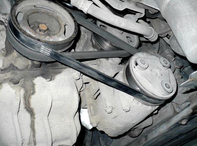 Замена приводного ремня форд фокус 2 посередине между