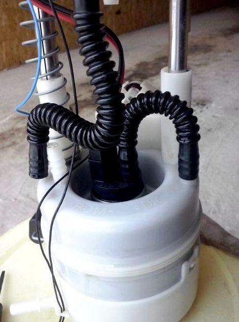 Замена топливного фильтра ниссан икстрейл т31 верхнюю часть колбы